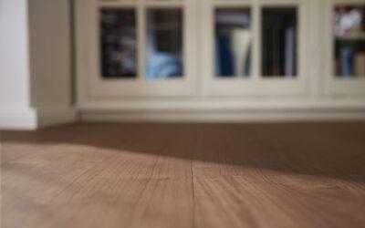 Jak obliczyć metry kwadratowe podłogi pod zakup paneli?